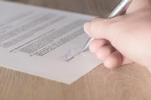 Uno de cada tres contratos firmados en enero duraron menos de un mes