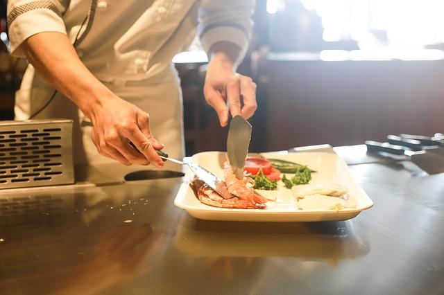 Las empresas que ofrecen comida a sus empleados son más productivas