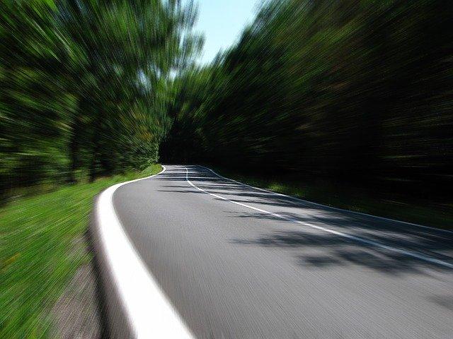 Despedido un conductor por superar el límite de velocidad con el coche de empresa